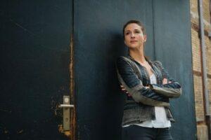 Nicole Edelmann Schauspielerin Wand